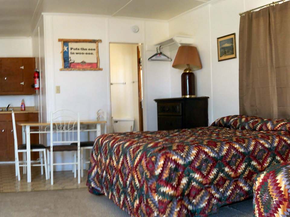 Single Motel Rooms, Terlingua/Study Butte/Lajitas/Big Bend Texas